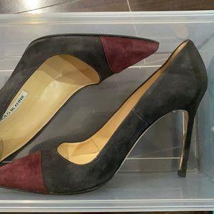 Pre-Owned Manolo 39 Suede Heels